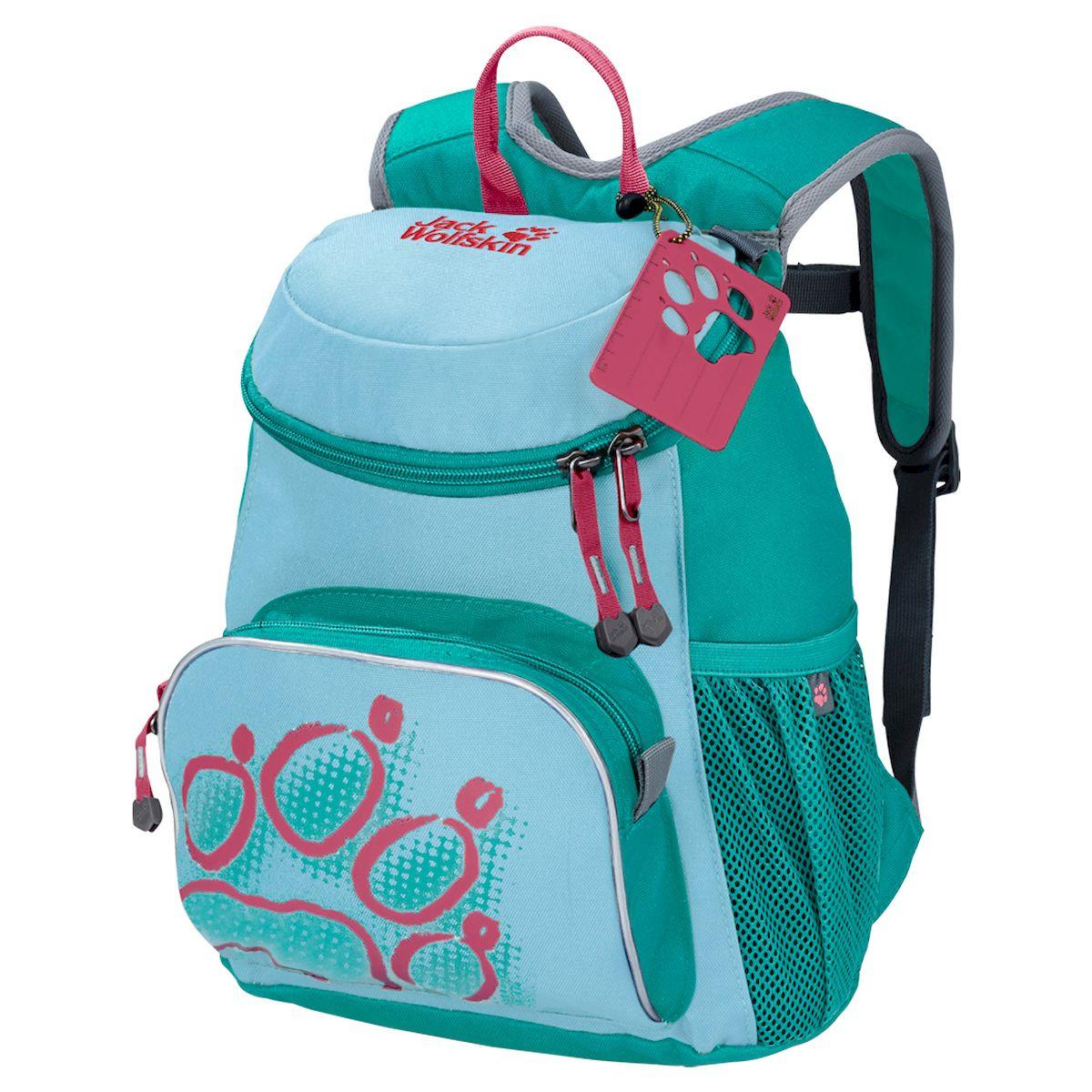 Рюкзак Jack Wolfskin, Little Joe, детский , голубой26221-1094Маленький рюкзак для маленьких искателей приключений. Благодаря удобному для детей дизайну, рюкзак LITTLE JOE (ЛИТЛ ДЖО) превосходно подойдет юным любителям природы. Рюкзак идеально подходит для детского сада и первых путешествий. Плюшевый мишка, бутерброды и непромокаемая куртка смогут расположиться в четырех практичных отделениях: основном отделении, переднем кармане и двух боковых карманах из сетки, где их будет очень легко найти, когда они снова понадобятся. Чтобы облегчить нагрузку на спину ребенка, мы уделили особое внимание дизайну системы подвески. Система подвески SNUGGLE UP (СНАГГЛ АП) оснащена гибкими, плотно прилегающими к телу лямками, которые можно зафиксировать с помощью грудной стяжки. Эта система удерживает рюкзак в нужном положении даже во время самой подвижной игры. Все застежки рассчитаны на возможности детей, поэтому процессы открывания и закрывания не требуют помощи взрослых. Рекомендуем!
