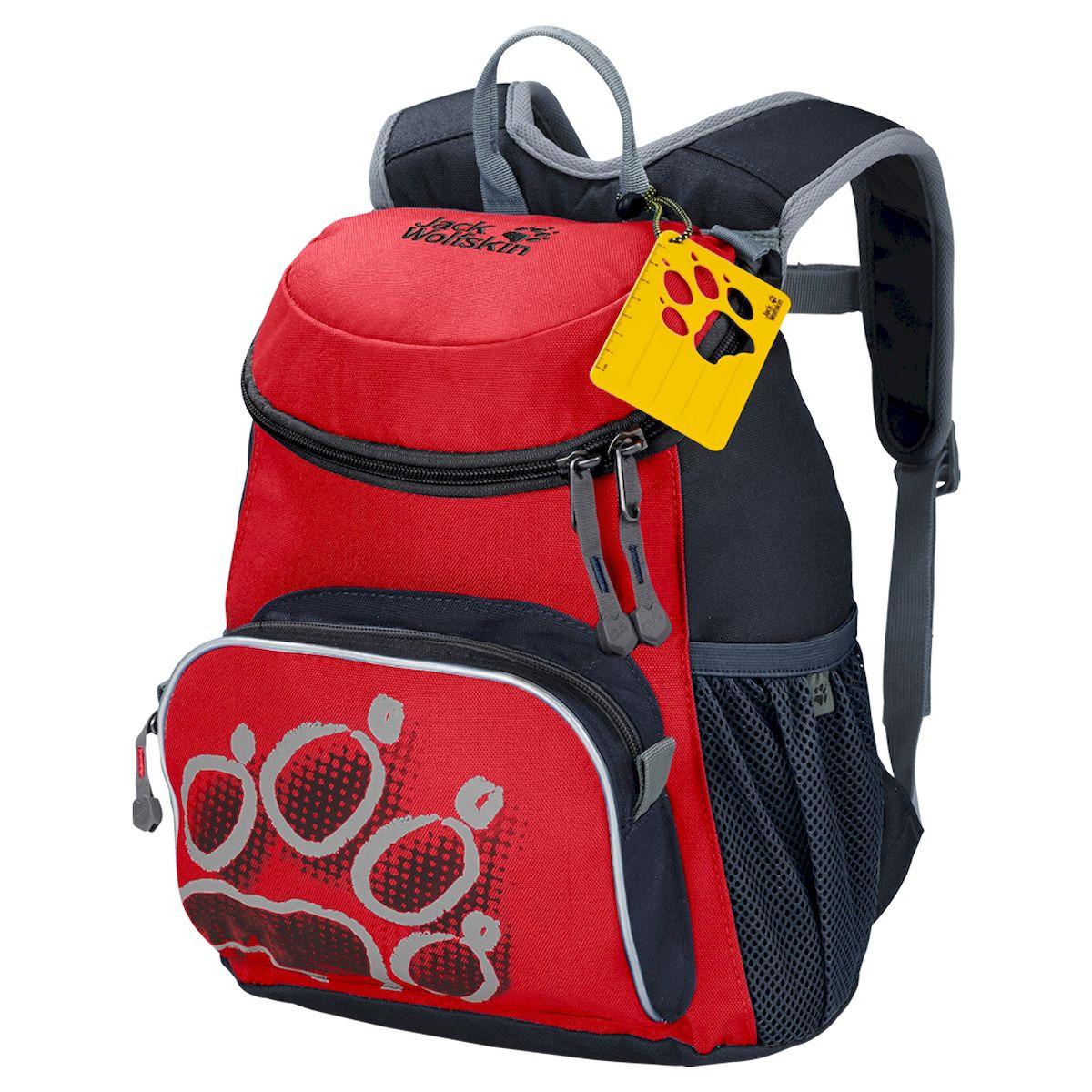 Рюкзак Jack Wolfskin? Little Joe, детский, красный26221-2015Маленький рюкзак для маленьких искателей приключений. Благодаря удобному для детей дизайну, рюкзак LITTLE JOE (ЛИТЛ ДЖО) превосходно подойдет юным любителям природы. Рюкзак идеально подходит для детского сада и первых путешествий. Плюшевый мишка, бутерброды и непромокаемая куртка смогут расположиться в четырех практичных отделениях: основном отделении, переднем кармане и двух боковых карманах из сетки, где их будет очень легко найти, когда они снова понадобятся. Чтобы облегчить нагрузку на спину ребенка, мы уделили особое внимание дизайну системы подвески. Система подвески SNUGGLE UP (СНАГГЛ АП) оснащена гибкими, плотно прилегающими к телу лямками, которые можно зафиксировать с помощью грудной стяжки. Эта система удерживает рюкзак в нужном положении даже во время самой подвижной игры. Все застежки рассчитаны на возможности детей, поэтому процессы открывания и закрывания не требуют помощи взрослых.