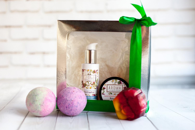 Набор косметики для ухода за кожей Aroma Home & Spa Therapy Fruit Infusion женский аппарат для ухода за кожей skin spa скин спа