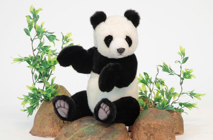 Мягкая игрушка HANSA 4473 Панда, 30 см черно-серый