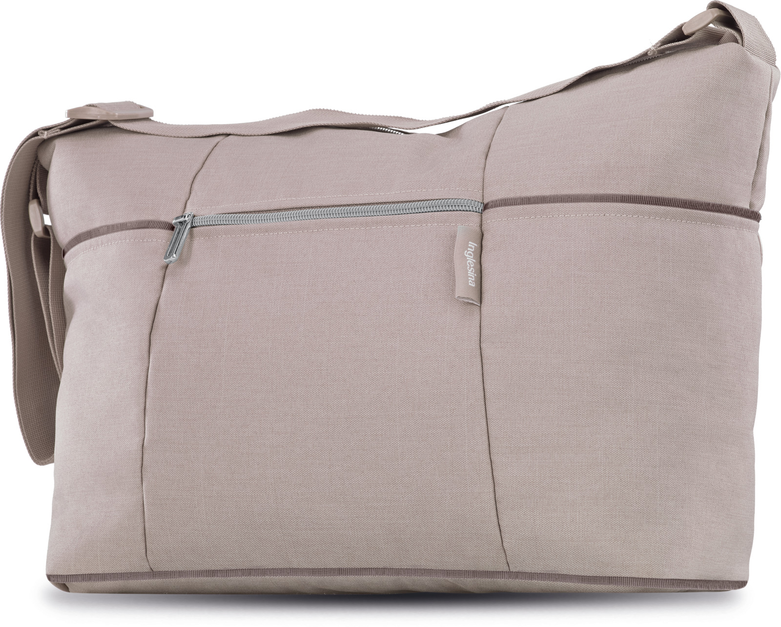 Сумка для коляски Inglesina Trilogy Day Bag, AX35K0ACB, Alpaca BeigeAX35K0ACBDay Bag - практичная современная сумка на каждый день, аккуратная форма и современный дизайн которой гармонично сочетаются со всеми цветовыми решениями моделей TRILOGY, TRILOGY PLUS, QUAD, SOFIA. Основные характеристики:• Вместительная и функциональная • Легко моющаяся подкладка внутри сумки• Удобный, регулируемый по длине плечевой ремень • Практичные и функциональные ремни крепления к шасси • Легко моющийся мягкий пеленальный матрасик• Внутренние карманыТехническая информация:Размеры: 38x28x16 см