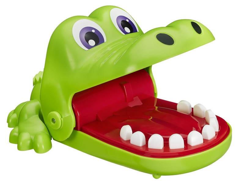 Игровой набор OTHER GAMES КРОКОДИЛЬЧИК ДАНТИСТ, B0408121B0408121ИГРЫ ХАСБРО. Игра настольная КРОКОДИЛЬЧИК ДАНТИСТ.У Крокодильчика болят зубы. По очереди нажимайте на зубы и будьте осторожны - если вы заденете больной зуб, Крокодильчик захлопнет пасть. Побеждает тот, ктоне потревожит больной зубик Крокодильчика и последним останется в игре. Для 2+ игроков. Возраст 4+