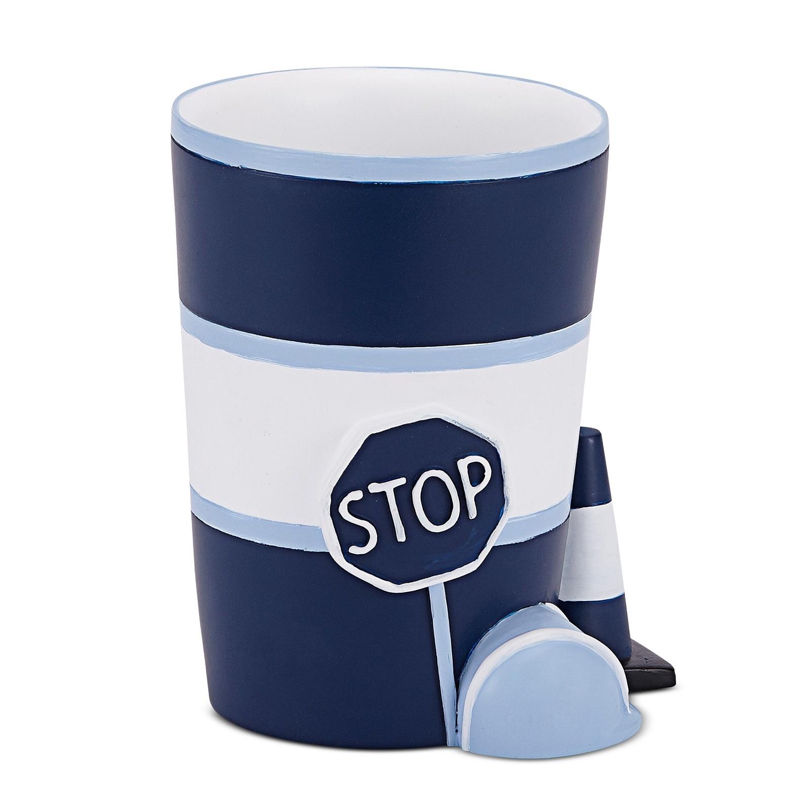 Стакан для ванной комнаты Kassatex Construction, AKC-T, синийAKC-TДобавив в интерьер ванной комнаты несколько стильных вещей, можно полностью преобразить ее облик и обновить дизайн. Эта коллекция для ванной изобилует разнообразными аксессуарами, которые способны создать новый образ или освежить старый. В любом случае, с ними ваше пространство засияет новыми красками. Строгие и одновременно изящные линии, тонкое чувство стиля, отменное качество исполнения рождает продукты, которые выдержат испытание временем.