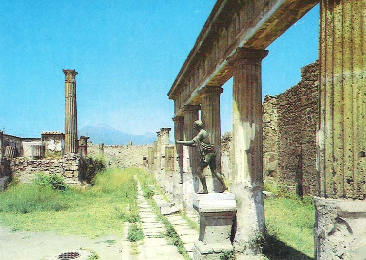 Почтовая открытка Pompei. Tempio di Apollo. Италия, вторая половина ХХ века