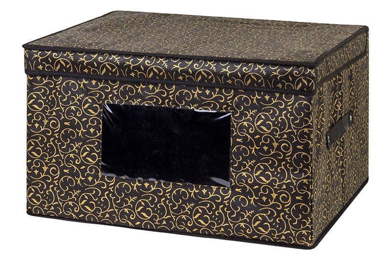 Кофр для хранения вещей EL Casa Золотой узор, коричневый371214Кофр складной для хранения El Casa идеально подходит для эргономичного хранения вещей. Кофр выполнен из высококачественного материала с плотными картонными вставками, крышкой, прозрачным окном и двумя ручками. В сложенном виде кофр совсем не занимает места, он очень компактно упакован. В рабочем состоянии размеры кофра 50*40*30 см, на двух боковых стенках удобные ручки. Прозрачное окно позволяет увидеть содержимое, не доставая весь кофр. В коллекции складных кофров множество расцветок - от однотонных до ярких и цветочных. Кофры представлены в разных формах и размерах — кофры прямоугольные, кофры для хранения одеял, кофры подвесные, кофры для белья с ячейками, органайзеры для мелочей и кофры для обуви с разделителями — все это поможет вам упаковать вещи на летний или зимний сезон, собраться к переезду на дачу и просто эргономично организовать хранения вещей.