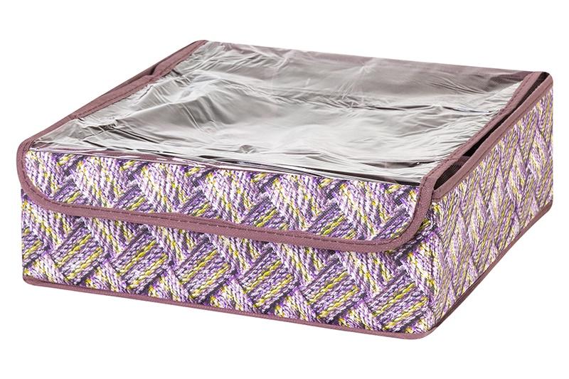 Кофр для хранения вещей EL Casa Плетенка, сиреневый371321Кофр складной для хранения El Casa идеально подходит для эргономичного хранения вещей. Кофр выполнен из высококачественного материала с плотными картонными вставками, крышкой и двумя ручками. В сложенном виде кофр совсем не занимает места, он очень компактно упакован. В рабочем состоянии размеры кофра 50*40*30 см, на двух боковых стенках удобные ручки. В коллекции складных кофров множество расцветок - от однотонных до ярких и цветочных. Кофры представлены в разных формах и размерах — кофры прямоугольные, кофры для хранения одеял, кофры подвесные, кофры для белья с ячейками, органайзеры для мелочей и кофры для обуви с разделителями — все это поможет вам упаковать вещи на летний или зимний сезон, собраться к переезду на дачу и просто эргономично организовать хранения вещей.
