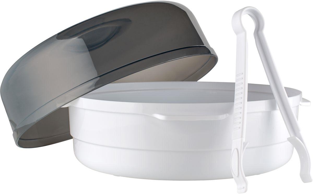 Dr. Browns Микроволновый паровой стерилизатор с щипцамиAC057Микроволновый паровой стерилизатор Dr. Browns идеально подойдет для стерилизации детских бутылочек и принадлежностей для кормления. Паровой стерилизатор для микроволновой печи работает по принципу паровой бани и уничтожает 99,9% существующих микробов. Контейнер позволяет одновременно стерилизовать до 4-х бутылочек. Легок в использовании и не занимает много места. Чтобы простерилизовать бутылочки, достаточно всего лишь налить в прибор воду, поместить внутрь бутылочки, а затем поставить стерилизатор в микроволновую печь. Время стерилизации зависит от мощности микроволновой печи. Вода быстро превращается в пар, который эффективно убивает все домашние бактерии и микробы. Стерилизатор подходит для большинства микроволновых печей. Благодаря его компактным размерам, прибор можно не только использовать дома, но и брать с собой в поездки. Щипцы Dr.Brown's помогут без труда вынуть бутылочки из стерилизатора. Щипцы очень удобны, они выполнены из пластика и имеют прорезиненные концы. Ручка с рифленой поверхностью обеспечивает надежный захват. Такие щипцы подойдут как для бутылочек любого размера, так и для мелких аксессуаров. Разрешено мытье в посудомоечной машине. Размер товара: 27 x 27 x 18 см. Вес: 615 г. Рекомендуем!