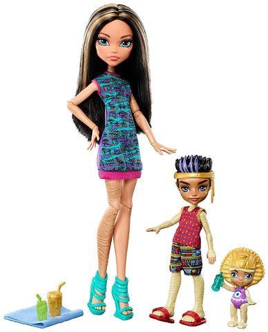 цена на Кукла Mattel Клео де Нил из серии Семейка Монстров