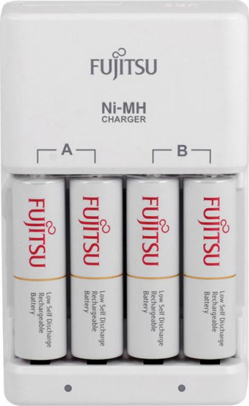 Зарядное устройство Fujitsu, 166740106, для 4 или 2 аккумуляторов типа АА/ААА Ni-MH + батарейка АА, 1900 mAh, шт