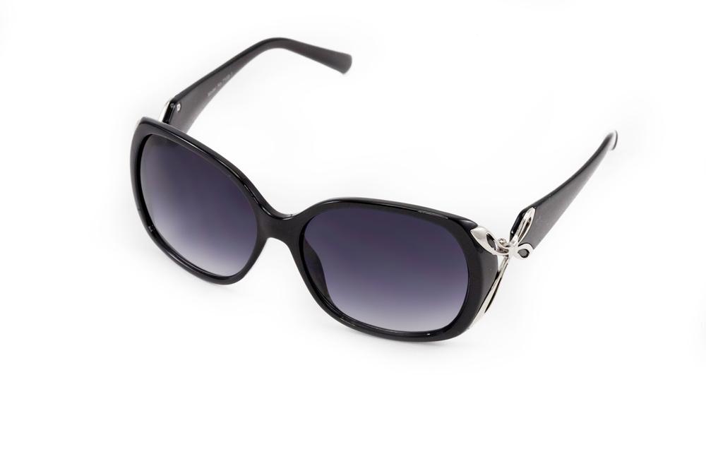 Очки солнцезащитные Mitya Veselkov MSK7108, черныйMSK-7108-1Стильные солнцезащитные очки станут прекрасным и модным аксессуаром для Вас и защитят от УФ лучей.