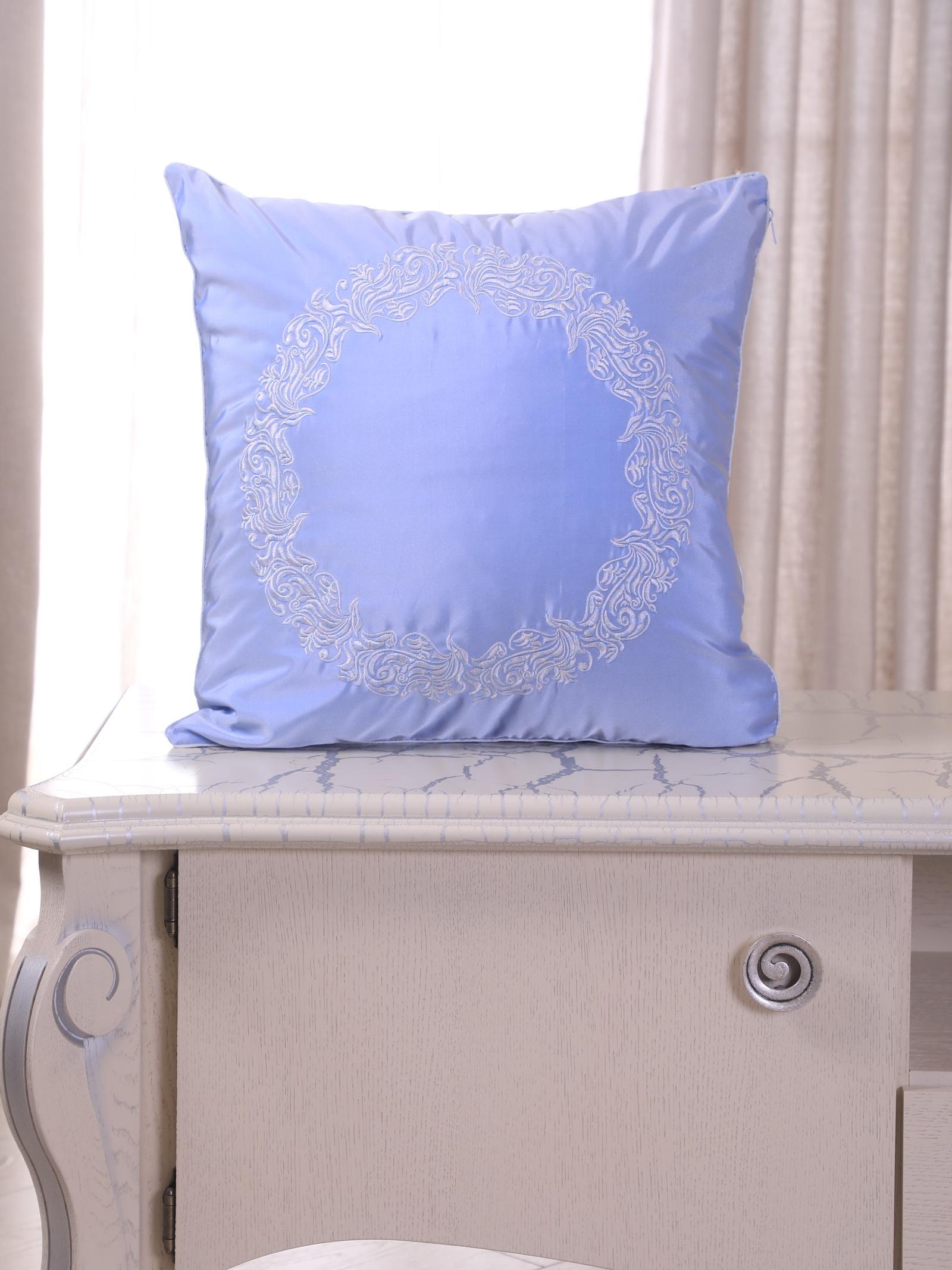 Подушка декоративная с вышивкой и кантом FLAUM HOME/ФЛАУМ ХОУМ, Лёд, 50х50 недорго, оригинальная цена