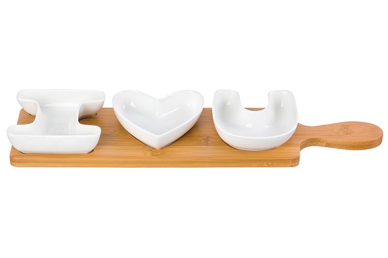 """Набор 3 сервировочных блюд """"I love you"""" 42*11*4 см., 100 мл. каждая, на деревянной подставке, высота подставки - 1 см."""