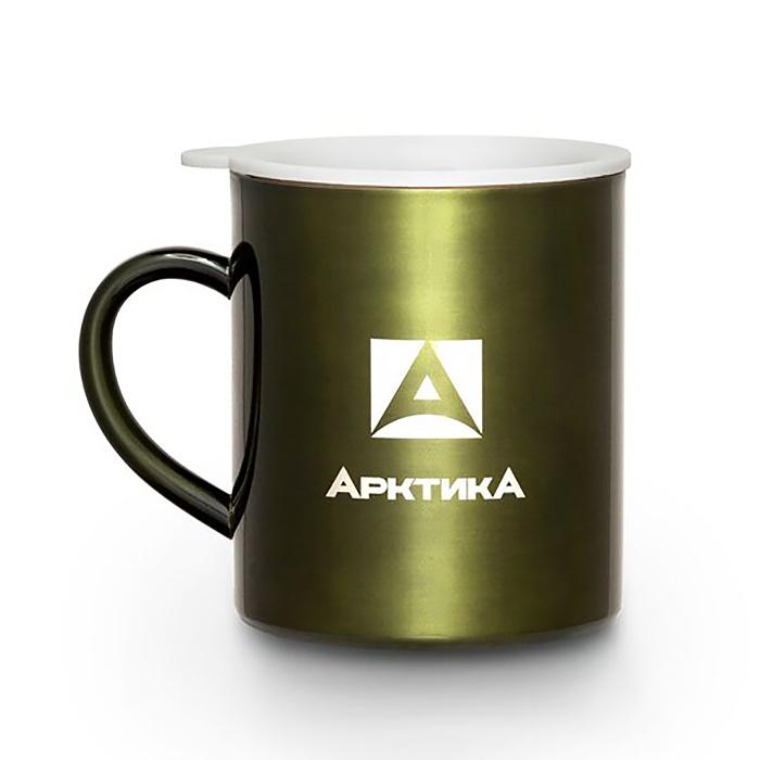 Термокружка Арктика 802-300, зеленый802-300 болотнаяТермокружка - идеальный спутник любого заядлого туриста. Она легкая и не занимает много места в походном рюкзаке, но при этом становится незаменимым другом в пути. В термокружке кофе и чай остывают гораздо медленнее, чем в обычной чашке или картонном стаканчике. Особенности: - Термокружка с двойной стенкой - Классическая модель из полированной нержавеющей стали - Крышка замедляет остывание и защищает от пыли