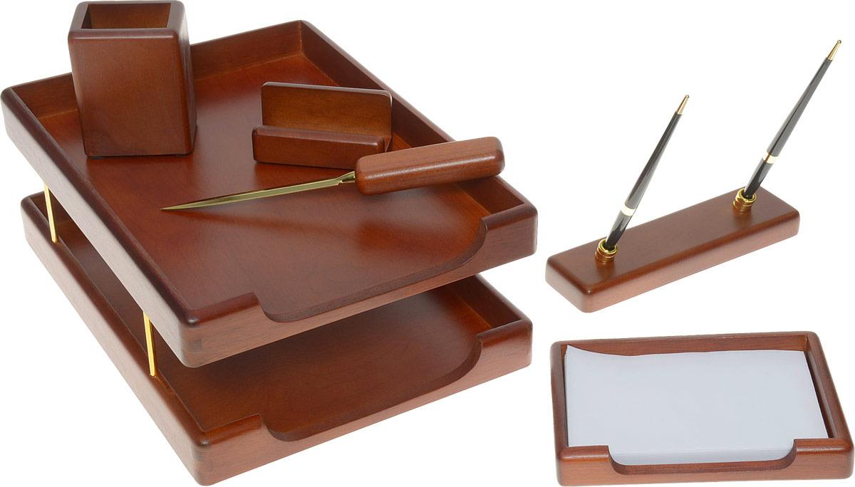 Настольный деревянный набор, 6 предметов, фактура - орех , оттенок - темный, Good Sunrise-W6B-35AТип: Настольный набор Материал: Дерево Фактура: Орех Оттенок: Темный Состав набора: подставка для ручек с 2 ручками подставка для записок подставка для визиток нож для бумаг подставка для пишущих принадлежностей лоток для бумаг с двумя отделениями Характеристики: Производитель: Тайвань.
