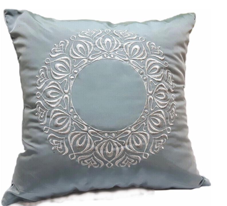 Подушка декоративная с вышивкой и кантом FLAUM HOME/ФЛАУМ ХОУМ, бирюза, 50х50 недорго, оригинальная цена