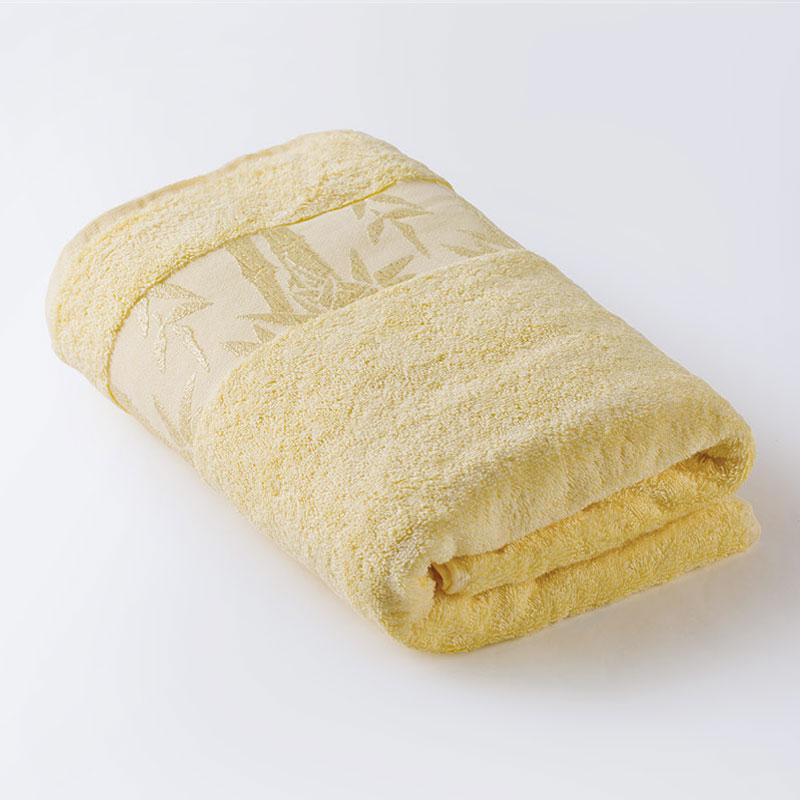 Полотенце для лица, рук или ног Ecotex Бамбук, желтыйПМБ59/лимонныйПолотенца Ecotex — это знак качества и символ хорошего вкуса . Они дарят мягкость и уют, становятся истинным украшением ванной комнаты. Для производства каждого изделия мастера отбирают только лучшее натуральное сырье и высококачественные красители; наши полотенца предназначены для настоящих ценителей комфорта. Мы рады предложить все многообразие продукции для вашего дома: жаккардовые и однотонные полотенца из бамбука. Бамбук выращивается без применения химических удобрений, что очень важно при использовании его в производстве махровых полотенец. Бамбуковое полотенце необыкновенно мягкое, шелковистое, имеет необычный блеск. Оно в три раза лучше впитывает влагу, чем полотенца из 100% хлопка. Уникальность этих полотенец в антибактериальном свойстве волокна и его способности нейтрализовать запах. Состав: 25% бамбук / 75% хлопок
