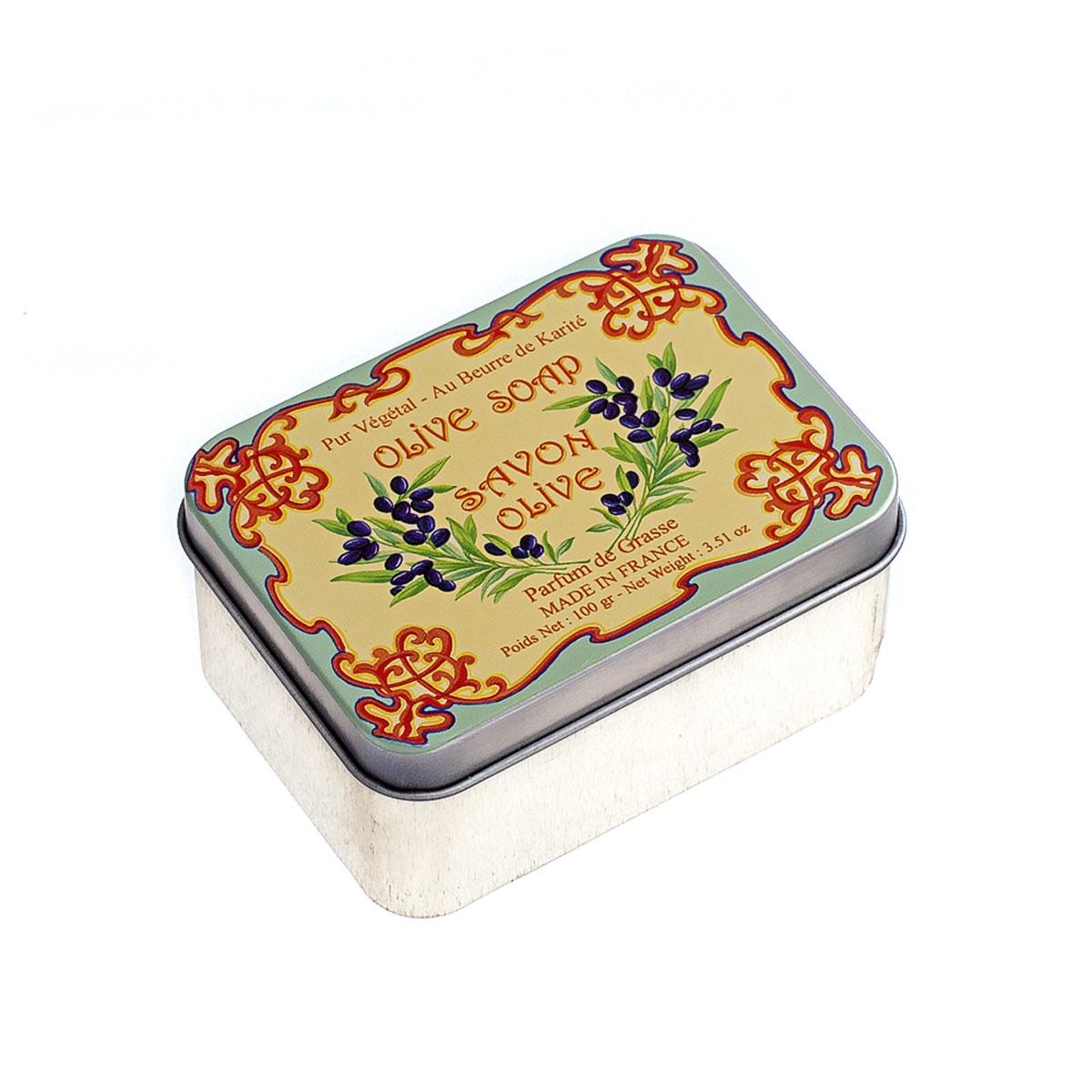 Мыло туалетное Le Blanc ОливкиM9706При производстве по традиционным провансальским рецептам, 100% основы составляют растительные масла. Мыло не содержит агрессивных ингредиентов, таких как: лаурисульфат, полиэтиленгликоль, парааминобензойная кислота. Глицерин увлажняет кожу, делая её мягкой и нежной. Ароматическое мыло можно использовать в ванне, взять с собой в сауну и просто подарить близким людям. Приятный аромат будет сопровождать вас весь день, а растительные масла, которые входят в состав мыла, сделают вашу кожу нежной. Мыло гипоалергенно и безопасно даже для детской кожи.