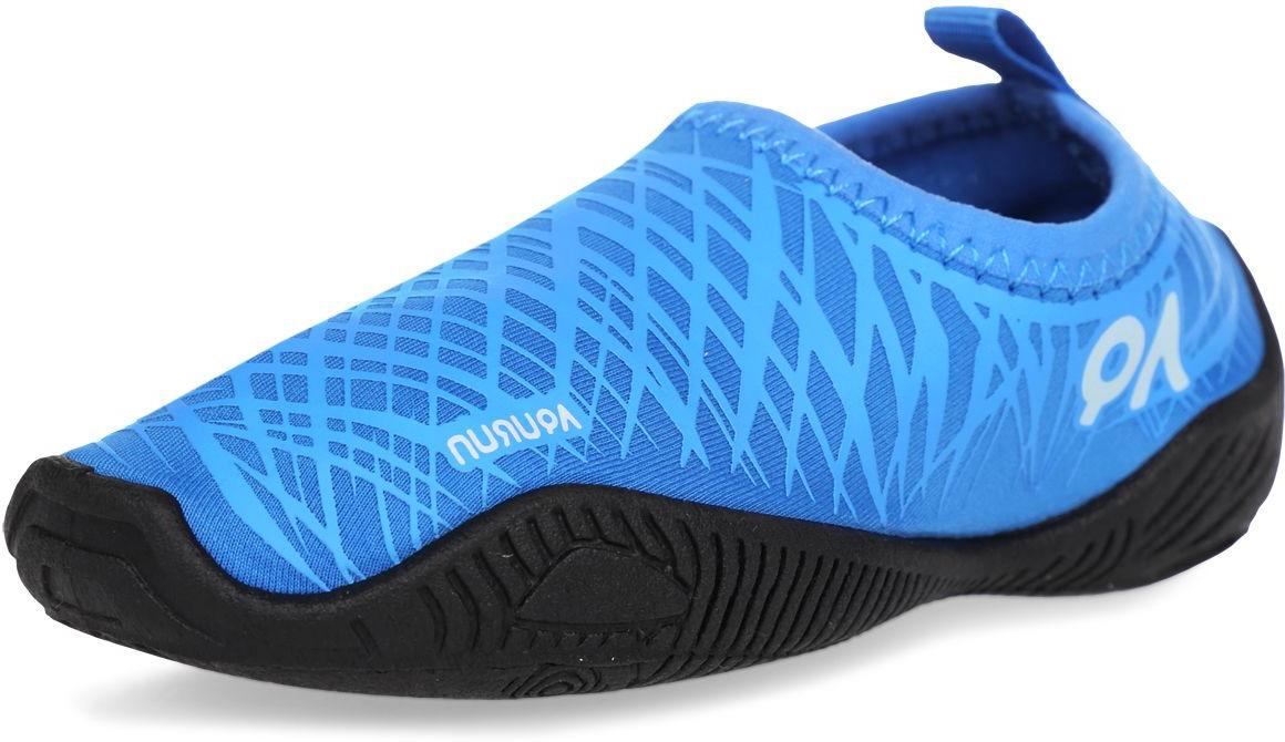 Обувь для кораллов Aqurun Edge, цвет: синий. AQU-BLBL. Размер 28/30AQU-BLBL-180-us12tdПляжные тапки Aqurun предназначены для бега по песку, мелкой галке и плавания в воде. Легкие, практически не чувствуются на ноге. Верх тапок – спандекс. Дышащий материал, защищает от ультрафиолета, быстро сохнет. Подошва ТПР. Эластичная подошва из ТПР (термопластическая резина). Дренажная система подошвы. Стелька EVA. Дополнительная поддержка пятки улучшает плотную посадку на стопе. Подошва прикрывает пальцы ног для их дополнительной защиты. ВНИМАНИЕ! • Не сгибайте зону пятки. • Промывайте только проточной водой. • Не храните в мокром состоянии. • Ходите с осторожностью по мокрым поверхностям. • Не размещайте тапки вблизи огня или источника тепла, так как это может вызвать деформацию тапок. • Пляжные тапки предназначены для бега по песку, мелкой галке и плавания в воде. При хождении в тапках по бетонному или асфальтовому покрытию возможен быстрый износ или повреждение подошвы.