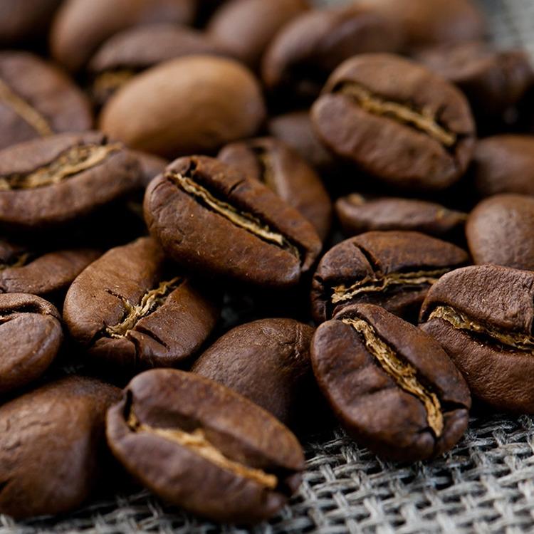 Кофе в зернах Gutenberg Эспрессо Смесь Верона, 1 кг1209Этот кофе обладает богатым букетом, приятной крепостью и горчинкой настоящего итальянского эспрессо и нежным послевкусием.