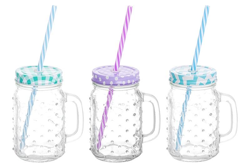 Кружка Elan Gallery Пузыри, прозрачный300098Набор кружек для коктейля состоит из трех кружек объемом 500 мл каждая, жестяных крышек различных цветов и пластиковых трубочек в тон крышкам кружек. Кружки выполнены из качественного стекла с рельефным рисунком. Набор можно использовать для подачи коктейлей, глинтвейна, холодного чая и любых других напитков. Крышка плотно закрывает кружку, а трубочка вставляется в специальное отверстие в крышке, что позволяет пить напитки не проливая ни капли. А яркая упаковка делает этот набор прекрасным полезным и необычным подарком. В коллекции банок из стекла с жестяными крышками также представлены банки для хранения различных размеров и форм и банки с металлическими защелками — вы сможете эстетично и удобно разместить все необходимое на вашей кухне собрав набор из необходимых вам предметов.