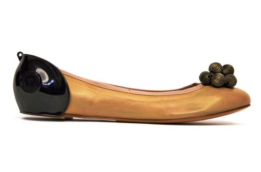 Средство для обуви ТАКИТАК Защита задника обуви при вождении автомобиля для женщин (без каблука), черная, в целлофане, черный