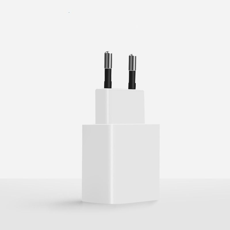 Фото - Зарядное устройство Pisen TS-UC035, белый внешний аккумулятор pisen ts d186 белый