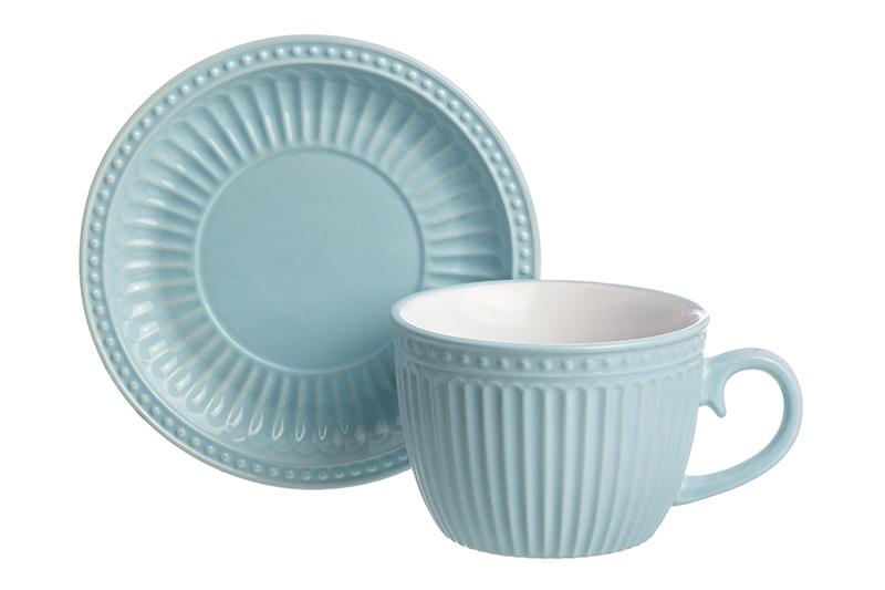 Чайная пара Elan Gallery Пастель, голубой160038Чашка с блюдцем серии «Пастель» выполнена из качественной керамики нежных цветов с рельефным рисунком. Объем кружки 450 мл, что позволяет использовать ее для чая, кофе, капучино и латте. Чашка не тяжелая, а ручка удобно ложится в руку. Набор можно мыть в посудомоечной машине. В серии «Пастель» также представлены салатники и кружки нежных цветов, которые прекрасно сочетаются друг с другом и могут составить красивый сервиз для чаепития утреннего кофе.