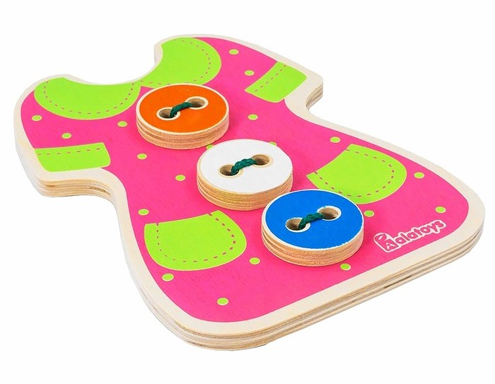 """Шнуровка Alatoys 4670006852413 розовый4670006852413Игра-шнуровка """"Платье с пуговицами"""" способствует развитию мелкой моторики рук и логического мышления малыша. Кроме того, в процессе игры у ребенка развиваются память, концентрация внимания и двигательные навыки. Игра выполнена из дерева. В комплекте шнурок."""