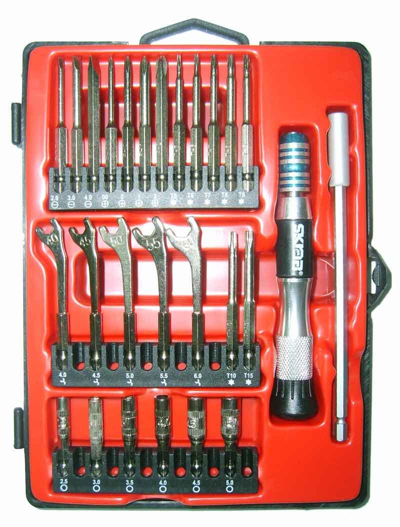 Набор инструментов Libman Набор бит 27пр. SKRAB 41688 набор инструментов libman набор автомобильный 116пр skrab 60116