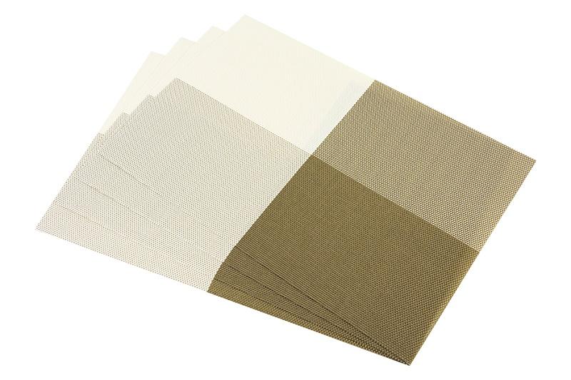 Салфетка столовая Elan Gallery 171829, бежевый171829Набор из 4 салфеток Elan Gallery для стола размером 45х30 см прямоугольной формы различных цветов и рисунков выполнен из качественного материала, который не пропускает крошки и бережет покрытие стола от горячих предметов. Салфетки эстетично смотрятся на столе и прослужат долго. С них легко смывать любые загрязнения.