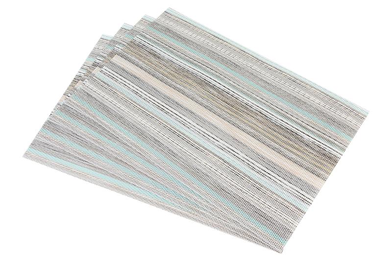 Салфетка столовая Elan Gallery Полоски, бежевый171822Набор из 4 салфеток для стола размером 45х30 см прямоугольной формы различных цветов и рисунков выполнен из качественного материала, который не пропускает крошки и бережет покрытие стола от горячих предметов. Салфетки эстетично смотрятся на столе и прослужат долго. С них легко смывать любые загрязнения.