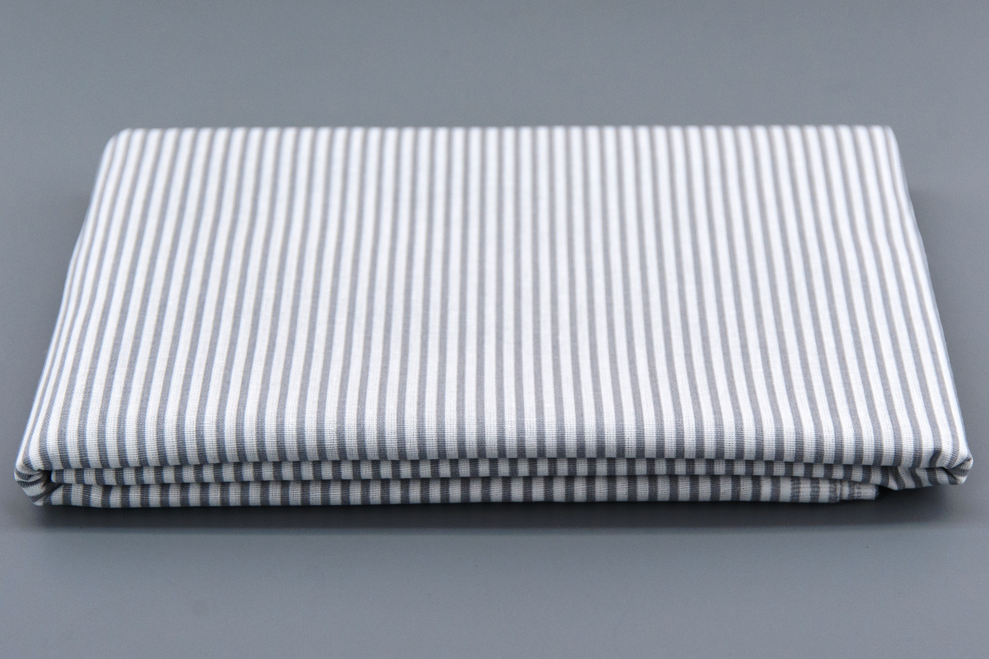 Ткань КИСЕЯ МОД 150Х150BZ1663/17Ткань для рукоделия, продается отрезом 1,5 х 1,5 метра. Состав: 100% хлопок. Плотность - 120 гр./кв.м.