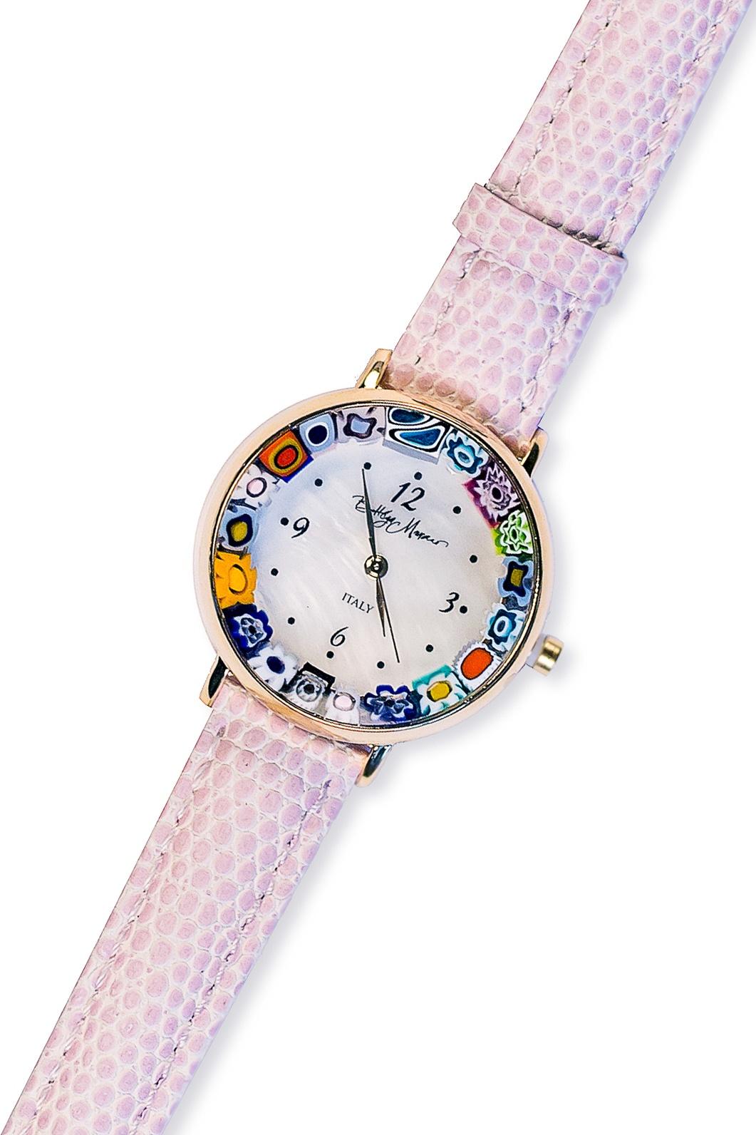 Часы Боттега Мурано 09080701 B13, сиреневый09080701 B13Часы Bottega Murano с муранским стеклом ручной работы. Новая коллекция фирменных часов Bottega Murano с циферблатом Millefiori – это полезный аксессуар и яркое украшение.