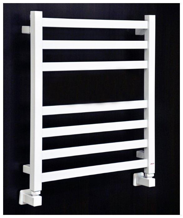 Фото - Полотенцесушитель Grota Vento 480x600 белый водяной + уголки, белый водяной полотенцесушитель grota vento 48 90