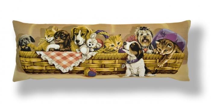 Подушка-валик Магазин гобеленов игривые друзья в корзине 35*90 см подушка декоративная рапира игривые котята в корзине 35 х 90 см
