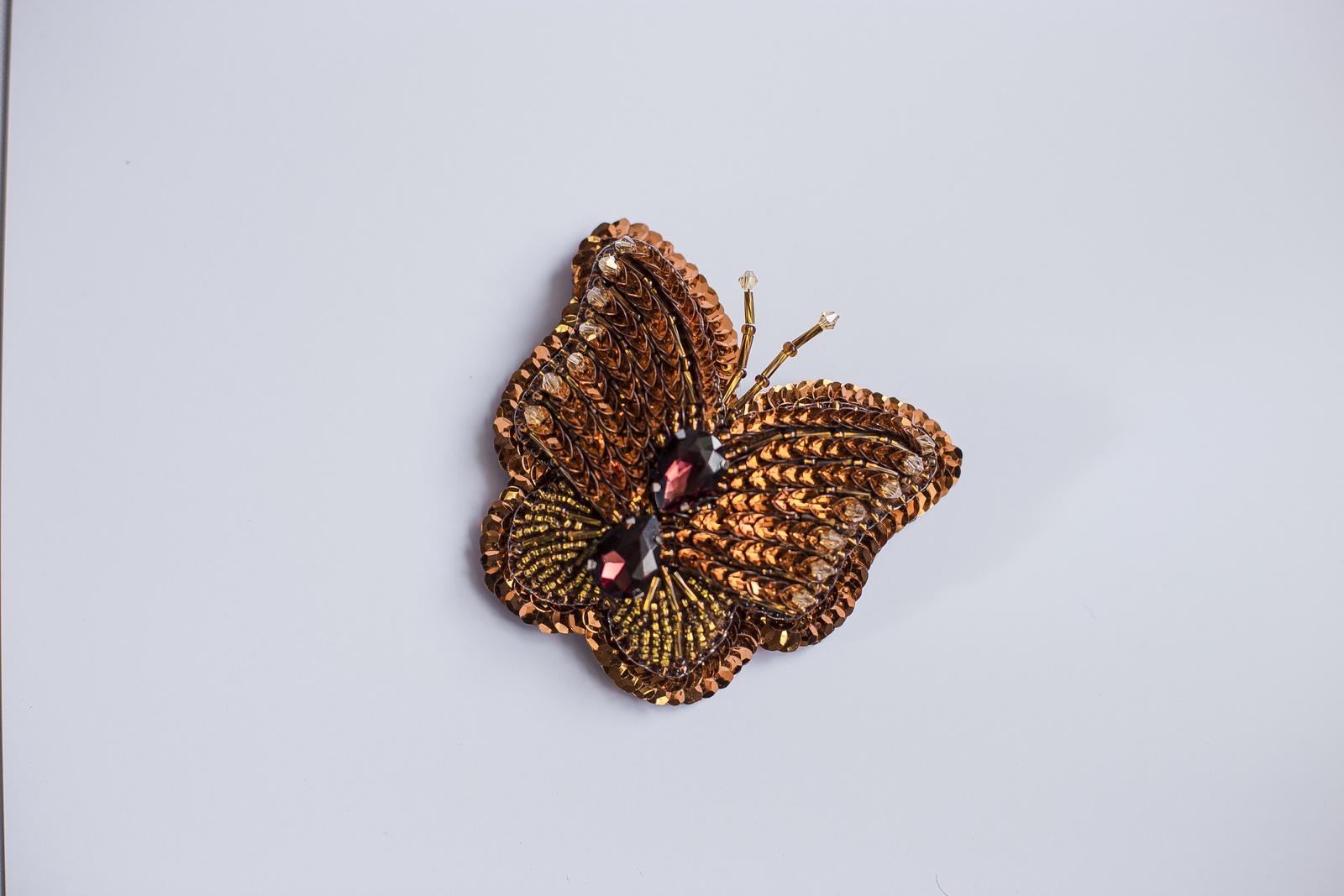 Брошь бижутерная Vivacase Butterfly Godarta, Искусственная кожа, Бисер, Стразы, коричневый