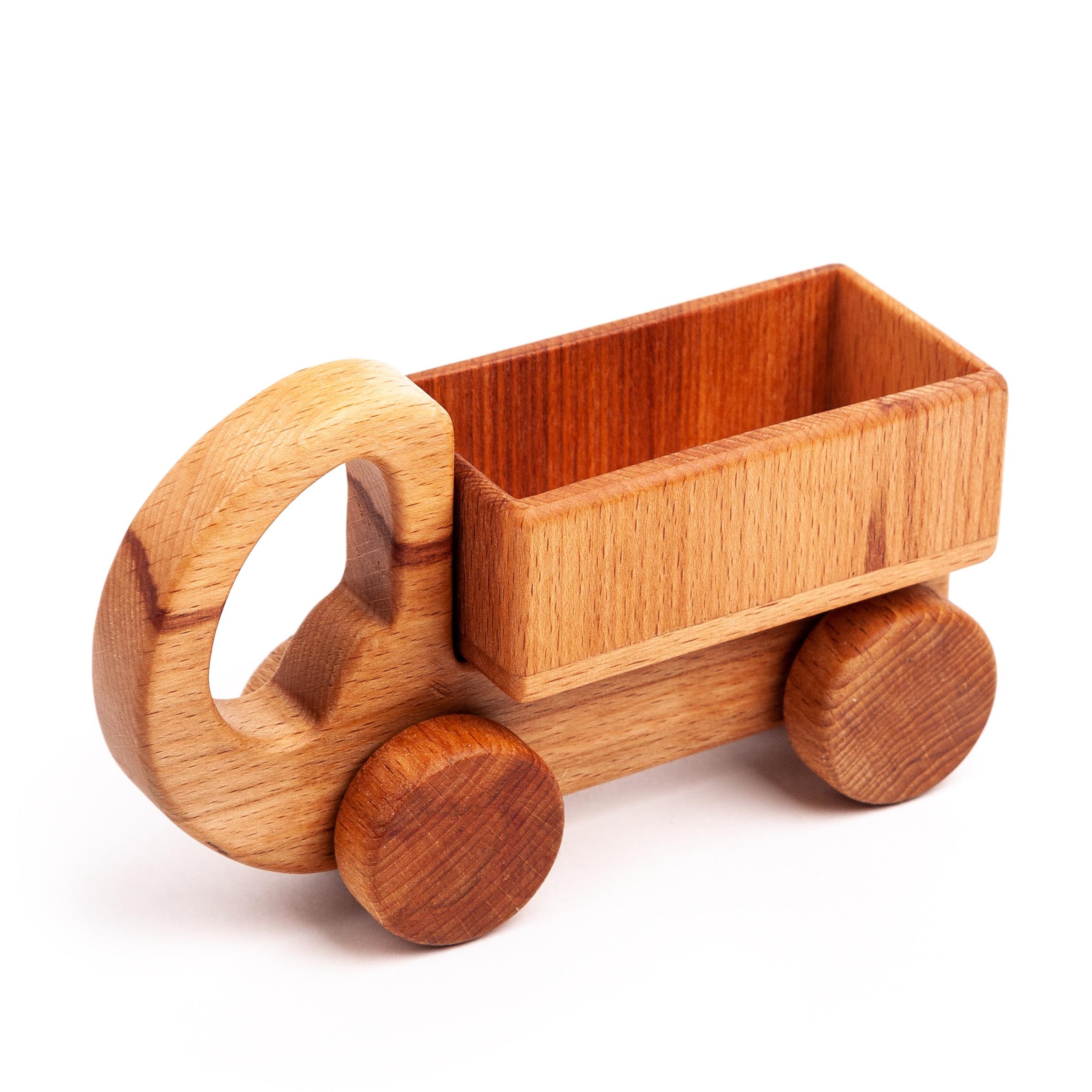 Каталка Волшебное дерево Мини-грузовик 54vd02-15150410418Эту игрушку легко держать в маленьких ручках, она отлично катается по полу или столу, что увлекает малыша и помогает открывать мир своих возможностей, развивает координацию движений. Походит для детей от 6 до 24 мес.