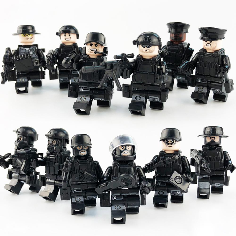Фигурка No Name полицейского черный, хаки no name сноу 60 oxford