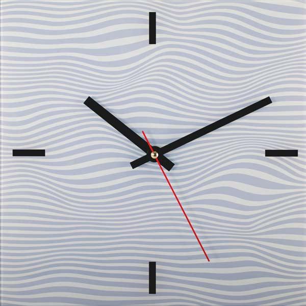 Настенные часы Дубравия АбстракцияKD-038-001Стильные настенные часы с красивым внешним оформлением. Часы имеют три стрелки- часовую, минутную, секундную. Часовой механизм сзади закрыт пластиковым корпусом. Предусмотрено отверстие для крепления на стену. Часы выполнены из стекла. Дизайнерское решение, отличное качество исполнения придутся по вкусу каждому.