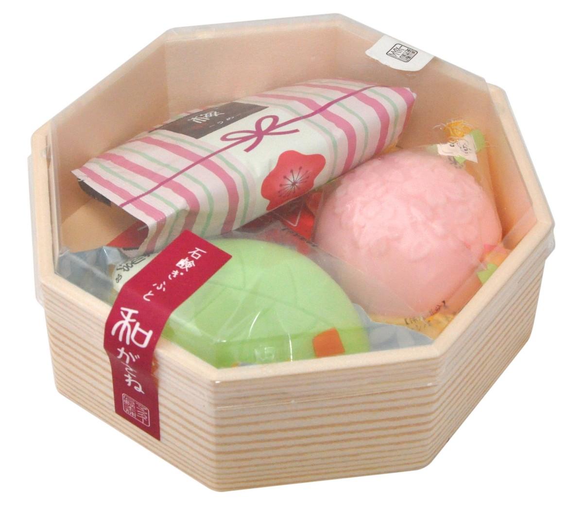 "Мыло туалетное / Подарочный набор ""Цветы и травы"" (50g*2 25g*1) арт. 108735"