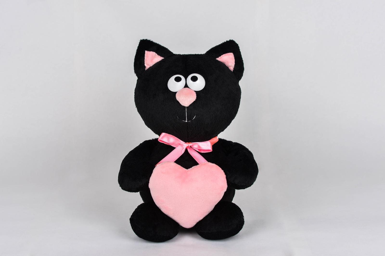 Мягкая игрушка Princess Love Котик с сердцем черный