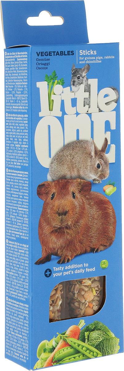 Лакомство для морских свинок, кроликов и шиншилл Little One Sticks, с овощами, 2 х 60 г лакомство для хомяков крыс мышей и песчанок little one sticks с фруктами и орехами 2 х 60 г
