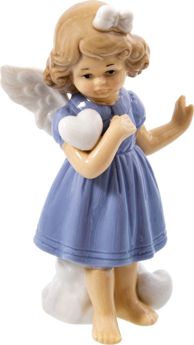 Статуэтка Русские подарки Девочка, 110817, голубой, 6 х 8 х 14 см игрушка ёлочная русские подарки зимние мотивы олень 8 х 1 х 8 см