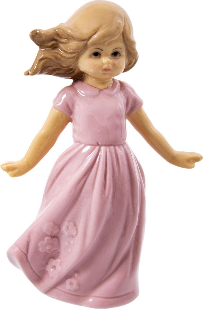 Статуэтка Русские подарки Девочка, 110816, розовый, 5 х 8 х 10 см игрушка ёлочная русские подарки зимние мотивы олень 8 х 1 х 8 см