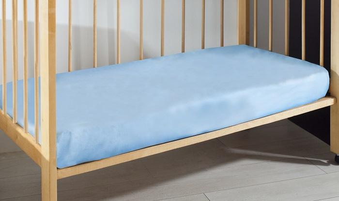 цены на Простыня Primavelle на резинке детская из перкали 60х120х20 голубой  в интернет-магазинах
