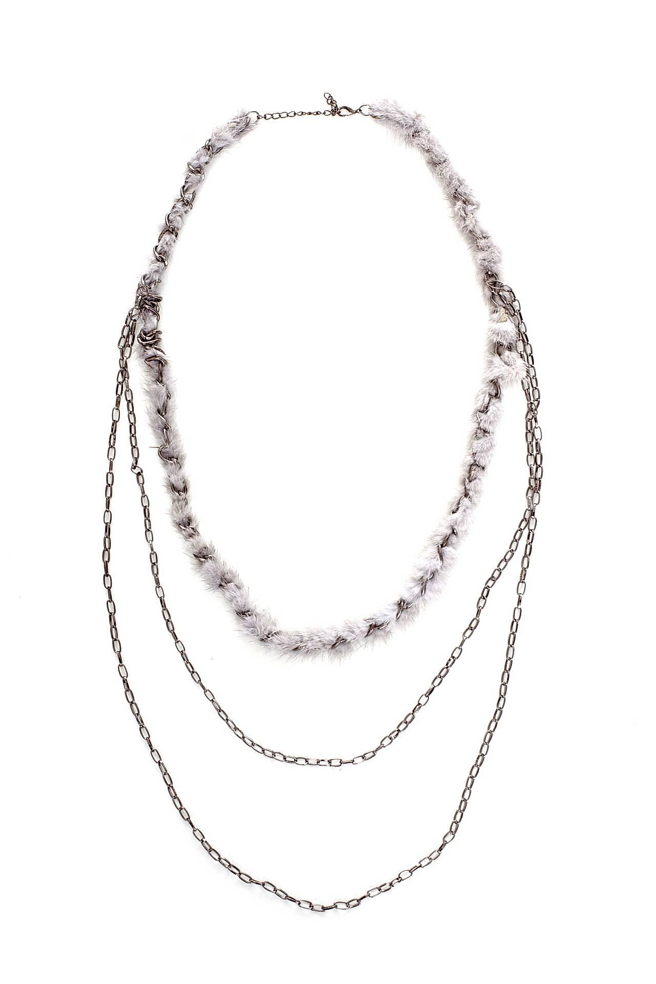 Цепь/цепочка бижутерная FASHION JEWERLY 34431-Б/р34431-Б/рЦепочка серебристая, якорного плетения, в три ряда, на одном - серый мех