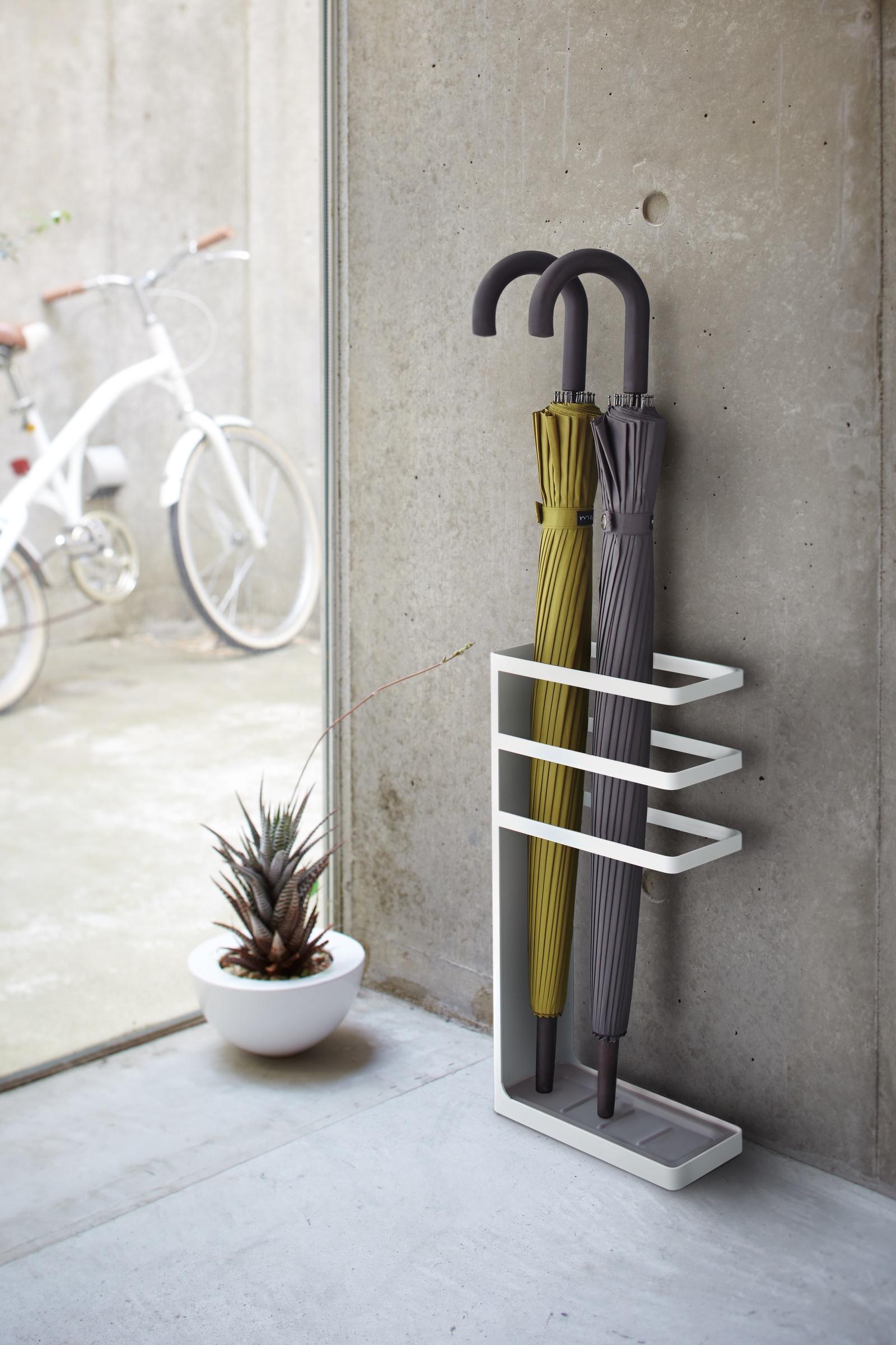 Купить Подставка для зонтов Yamazaki LAYER SLYM UMBRELLA STAND, белый на XWAP.SU