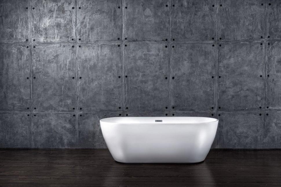 Ванна NT Bathroom Отдельностоящая акриловая NT06 Isola di Garda 178x78, белыйNT06Отдельностоящая акриловая ванна NT Bathroom NT06 Isola di Garda 178x78h2 Комплектация: Регулируемые ножкиli Сливная арматураli Система слива Ванна овальной формы - идеальное решение для абсолютной релаксации. При длине в 1780 мм и объёме в 340 литров, водные процедуры в этой ванной становятся настоящей симфонией удовольствия. Из-за особых антискользящих свойств акрила, расслабление в этой ванне можно считать совершенно безопасным. Ванна NT06 Isola di Garda обеспечивает максимальный комфорт и устойчивость. Две стенки ванны скошенной формы завершают образ. Из-за увеличенных габаритов, ванна может считаться двухместной. Слив расположен в центре чаши. К этой модели, так же как и ко всем ванным бренда NTbathroom подходит сантехника как напольного, так и настенного крепления.