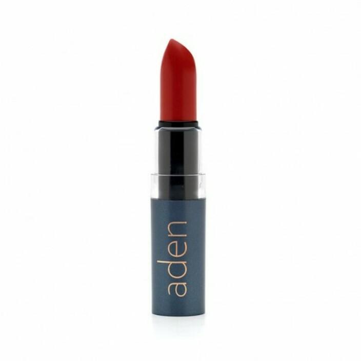 Губная помада Aden cosmetics Увлажняющая помада для губ 22 Crimson (Малиновый)