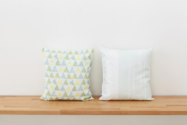 Подушка декоративная IQ Komfort 1713272 диванная подушка getuback emoji si020